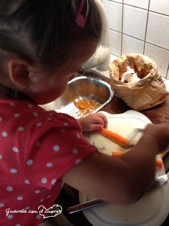 Emma_in_cucina