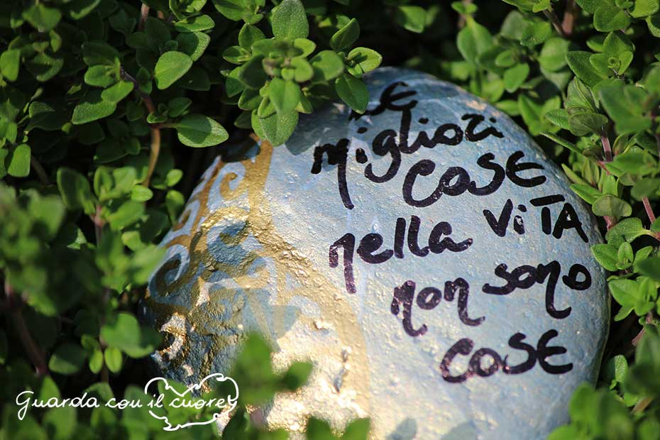 Le cose importanti nella vita for Sassi decorati